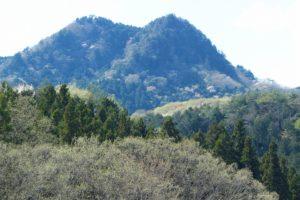 栃木百名山第72座古賀志山:絶景と岸壁有りの低山