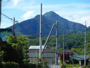 栃木百名山第22座芝草山:三依の奥深くに佇む名峰