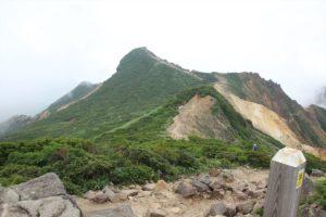 栃木百名山:お花畑の朝日岳