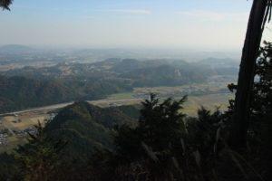 栃木百名山:舐めると危険な双耳峰二股山